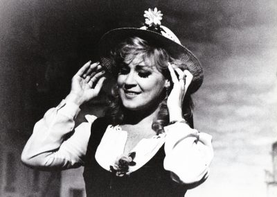 Sweet Betsy From Pike, Harlequin Opera
